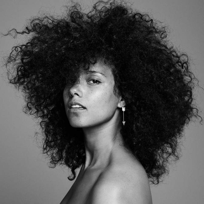 Alicia Keys « HERE » @@@½